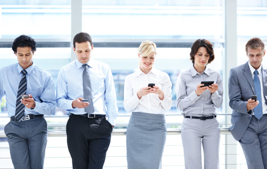 business intelligence for midsize companies smartphones