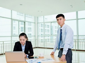 business-intelligence-analyst-bi-reporting-tools-bottlenecks
